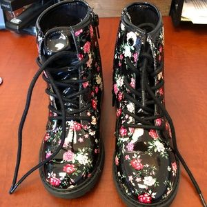 Girls Patent Leather Floral Combat Boots